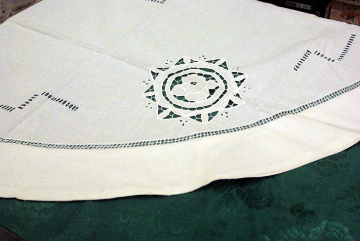 Round Table-Cloth 72""