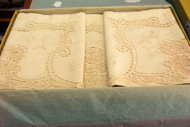 Lenzuola Di Puro Lino.Lenzuola Di Lino Embroidery Centre Di Celentano Alessandro C