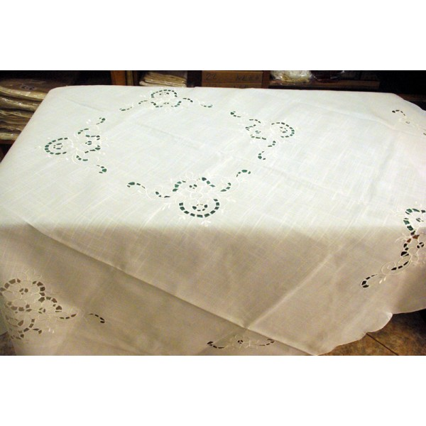 ROUND TABLE-CLOTH