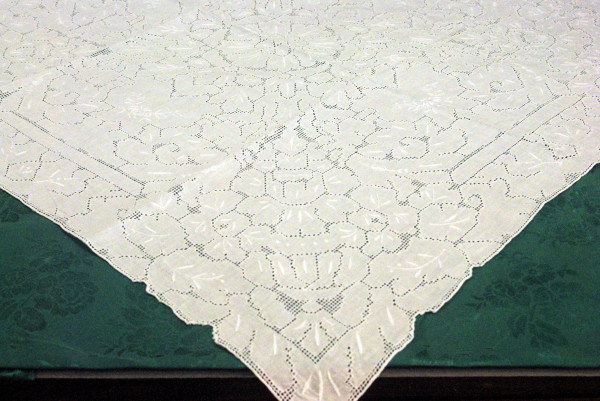 Table Topper 36""